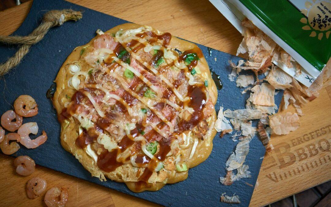 Okonomiyaki – Japanische Pizza-Pfannkuchen